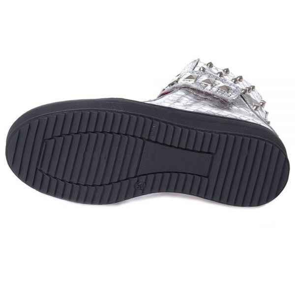 AM66 Girls Silver Studded Snakeskin Trainers 3
