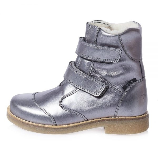 EN FANT Girls Metallic Silver Leather Boots With Fur 4