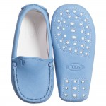 tods-pale-blue-suede-leather-gommini-baby-moccasins-3